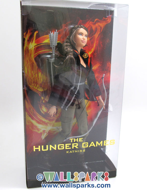 THE HUNGER GAMES KATNISS Barbie Doll - BARBIE COLLECTOR - BLACK LABEL 2012