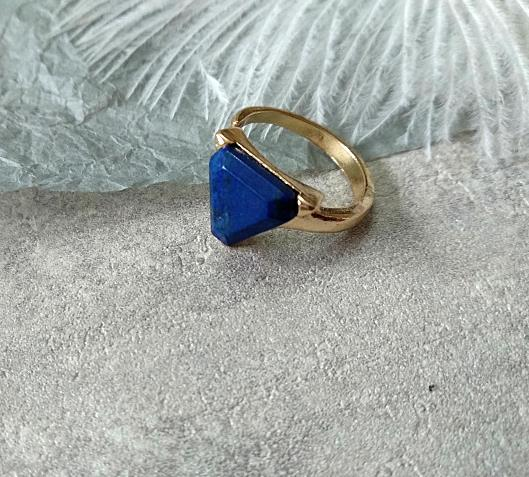Geometric Irregular Natural Stone Rings