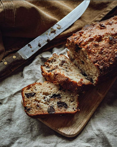 Banana bread with chocolate chips lockdown recipe