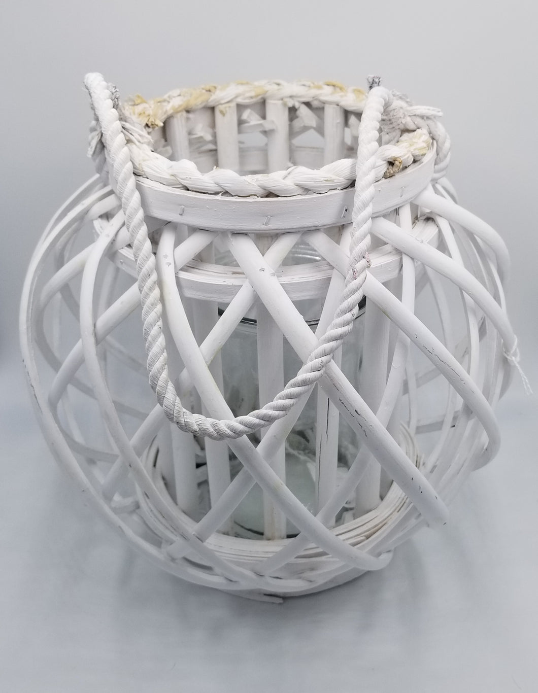 WHITE WICKER LANTERN WITH HANDLE
