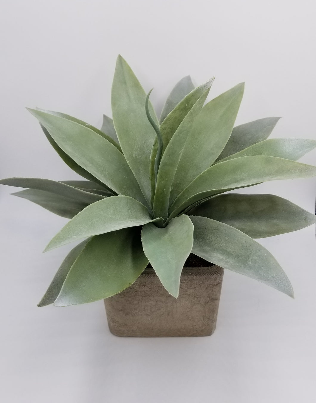 LARGE ARTIFICIAL SUCCULENT IN A SQUARE POT