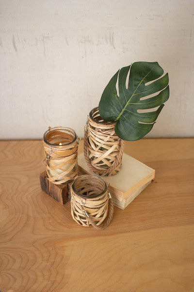 WICKER WRAPPED GLASS VASES WITH JUTE HANDLES