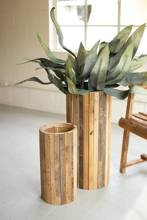 NATURAL ROUND RECYCLED WOOD PLANTER