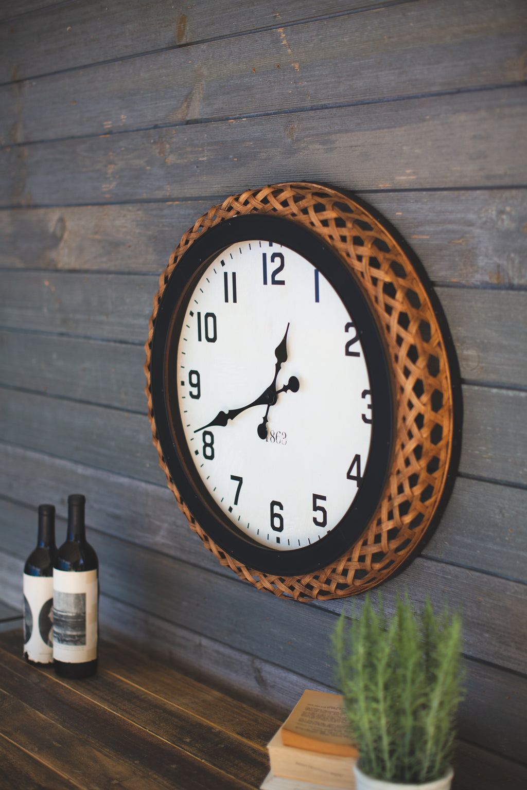 WALL CLOCK WITH BAMBOO RIM