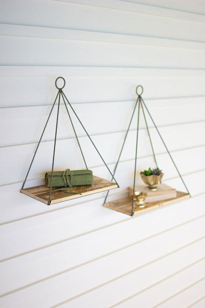 TRIANGLE SHELF WITH RECYCLED WOOD