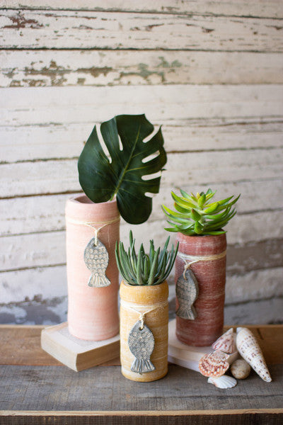 CLAY CYLINDER PLANTERS WITH FISH CHARMS