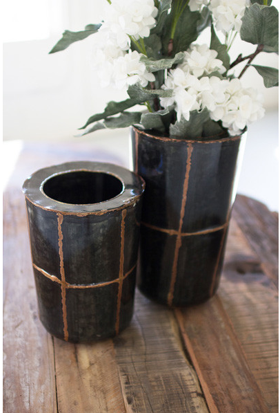 METAL VASES WITH COPPER DETAIL