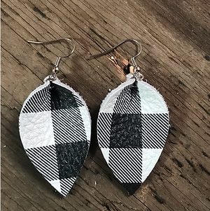 BLACK AND WHITE BUFFALO PLAID EARRINGS