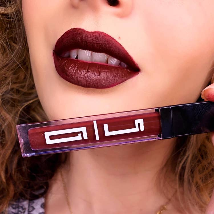 DARK RED MATTE LIQUID LIPSTICK #34