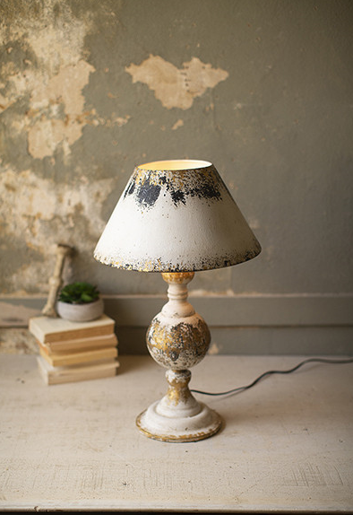 TABLE LAMP WITH WOODEN BASE & METAL SHADE