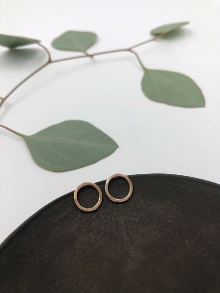 Tiny Circle Stud Earrings- 14k gold filled