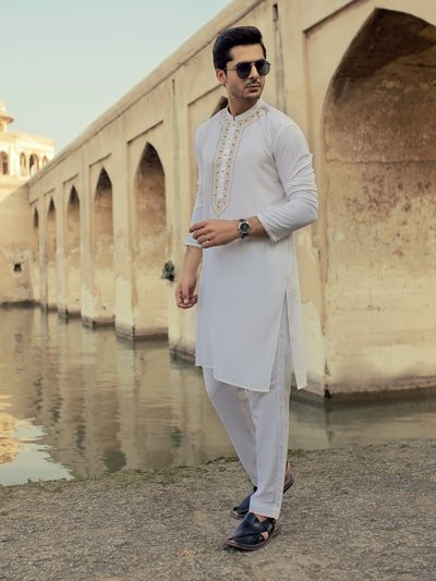 Off White Poly Viscose Kurta - AL-K-919