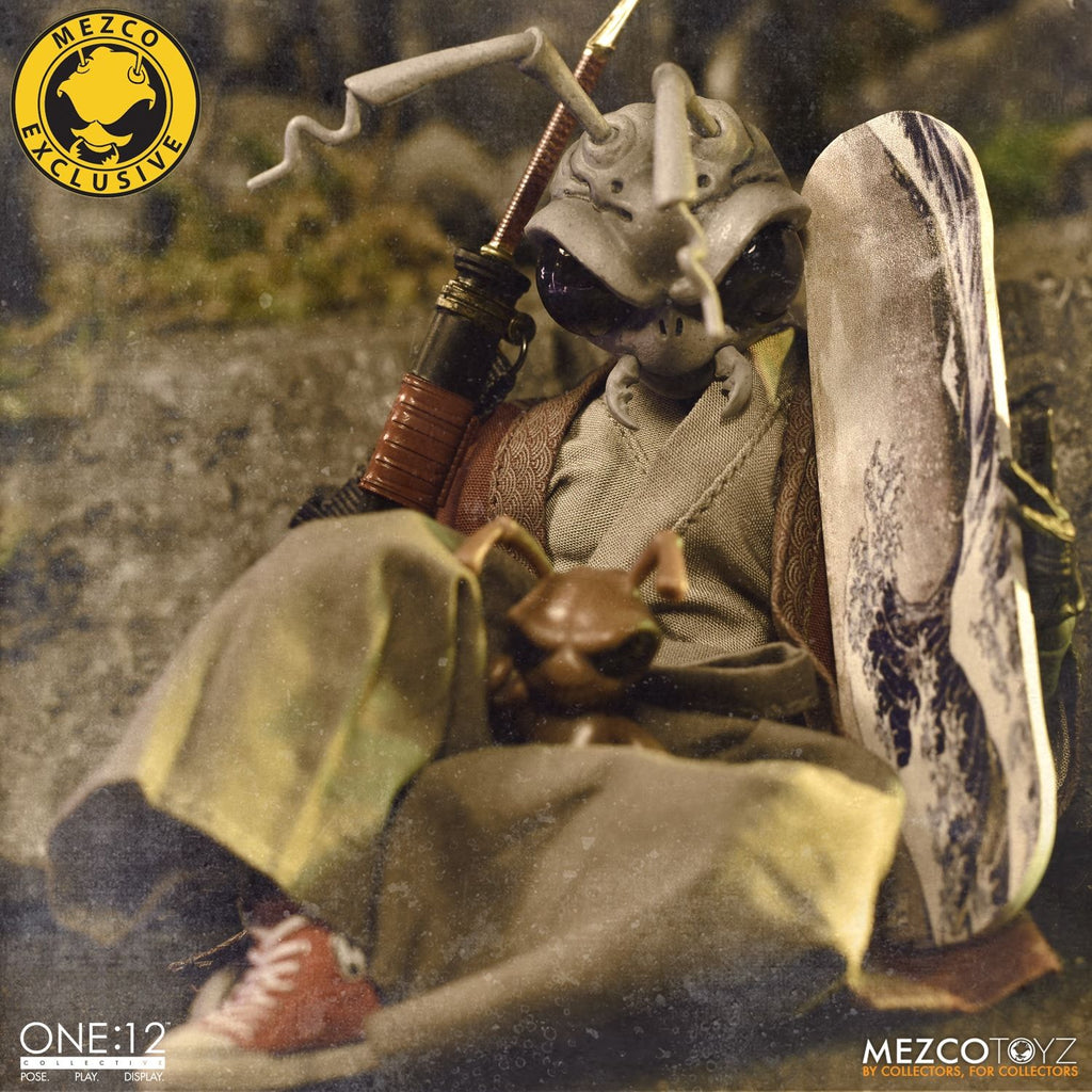 Gomez One:12 Lone Roach (Sealed) MEZCO