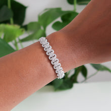 Load image into Gallery viewer, Sophie Link Detail Bracelet - Silver