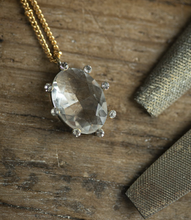 Load image into Gallery viewer, Teti Necklace - Crystal