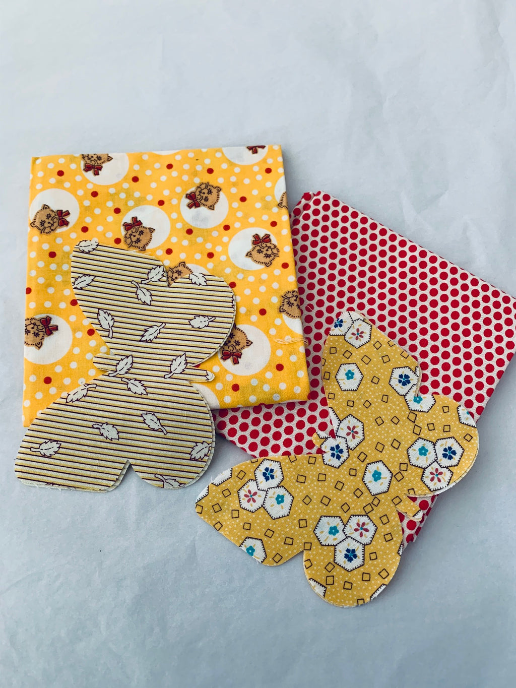 SALE Fat Quarter/Die cut butterfly pack: red & yellow
