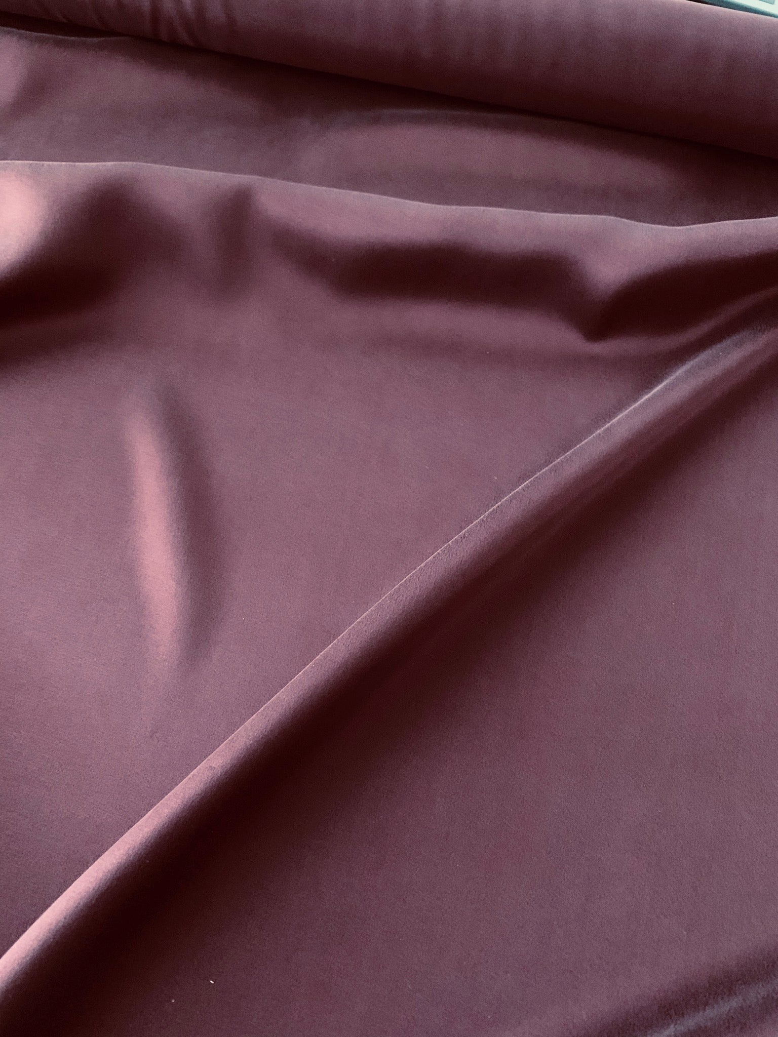 Silk satin in merlot