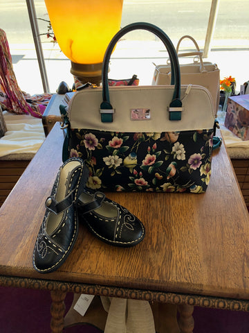 Gayle country bird purse