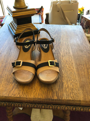 Estella gold buckle sandal