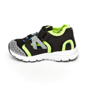 Stride Rite Made2Play® Nesta Sneaker