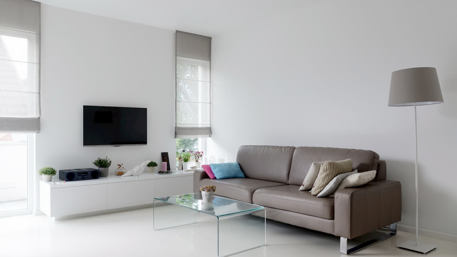 Paint tricks with taupe to make your room look bigger
