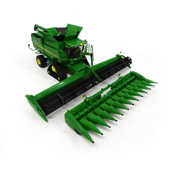 Product image of the John Deere S780 Tracked Combine 1:32 scale model, in classic John Deere green