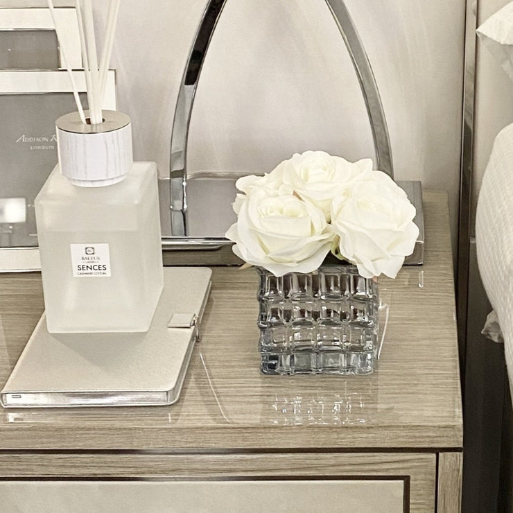 Sml Square Glass & White Rose Display