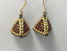 Load image into Gallery viewer, Pyramid Earrings