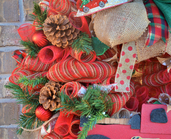 RED TRUCK - HANDMADE - CHRISTMAS Wreaths 24 & 29 inch wide 14 & 18 inch trucks LIMITED EDITION