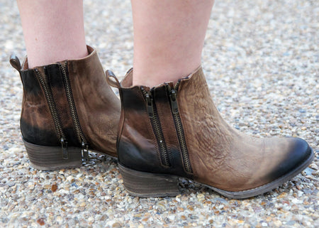 Ariat Ombre Roper- Chocolate
