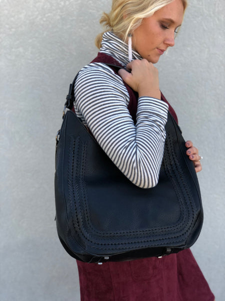 Hobo Fishtail Assist Bag