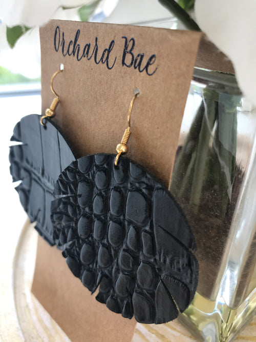 Orchard Bae April leather earring