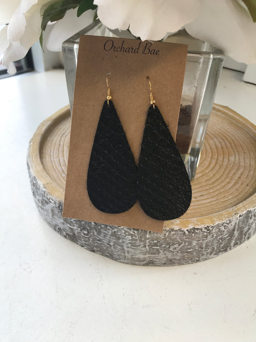 Orchard Bae Kristi leather earring