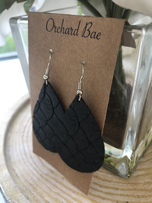 Orchard Bae Elle leather earring
