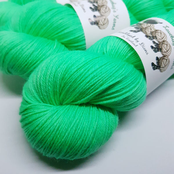 Spare Mint - Platinum Sock - Superwash Merino Nylon - Fingering weight yarn