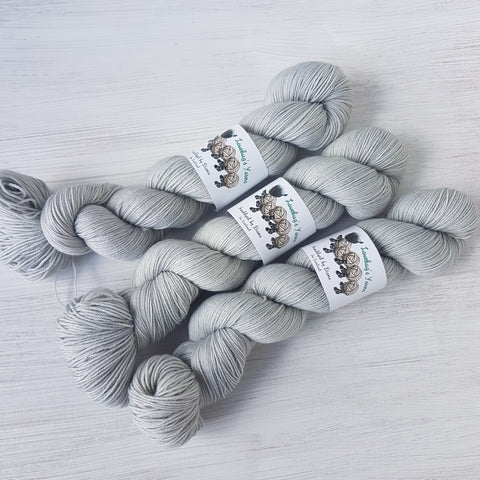 Moonstone - Platinum Sock - Superwash Merino Nylon - Fingering weight yarn