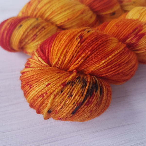 Turmeric & Paprika - Platinum Sock - Superwash Merino Nylon - Fingering weight yarn