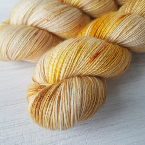 Cozy Moments 20g Mini - Platinum Sock - Superwash Merino Nylon - Fingering weight yarn