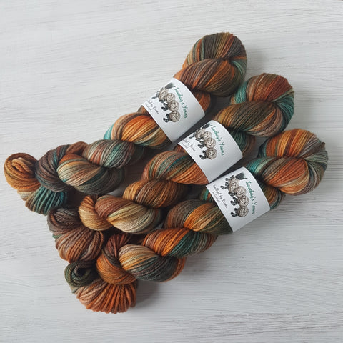 Autumn Dreams - Basic DK - Superwash Merino - DK weight yarn