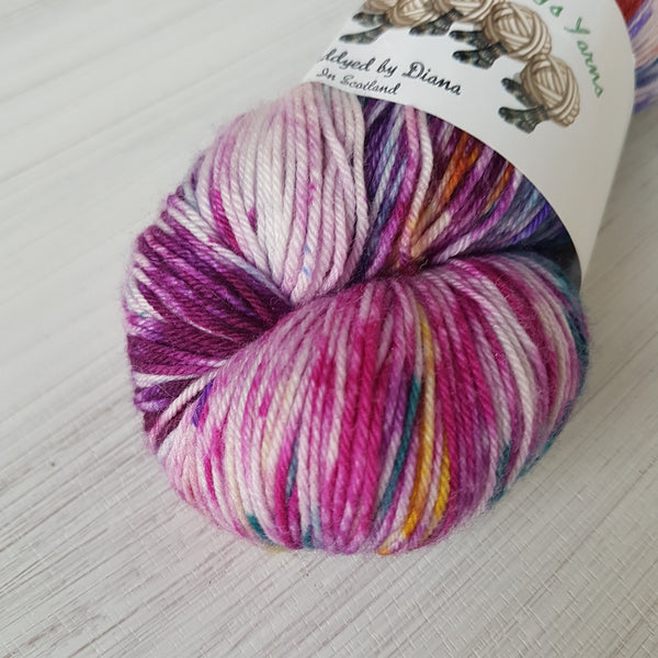 Craziness - Platinum Sock - Superwash Merino Nylon - Fingering weight yarn