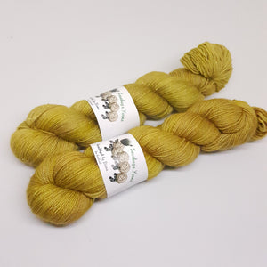 Honeycomb - Gold Sparkle Sock - Superwash Merino Nylon Gold Stelina - Fingering weight yarn