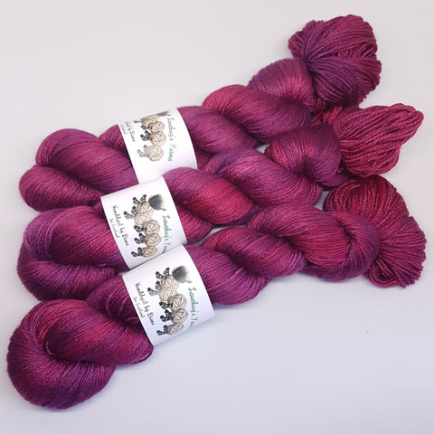 Garnet - MerinoSilk 4ply - Merino Silk - Fingering weight yarn