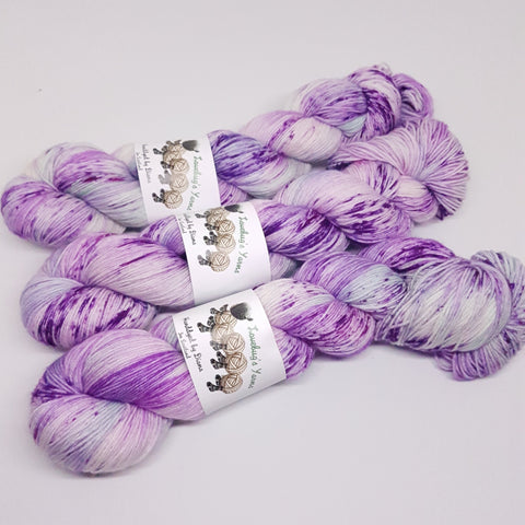 Ponyville - Platinum Sock - Superwash Merino Nylon - Fingering weight yarn
