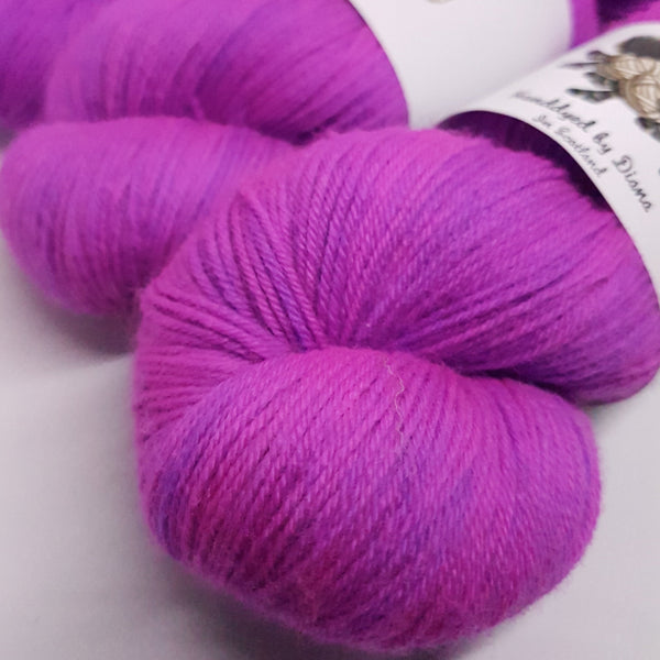 Deal With It - Platinum Sock - Superwash Merino Nylon - Fingering weight yarn