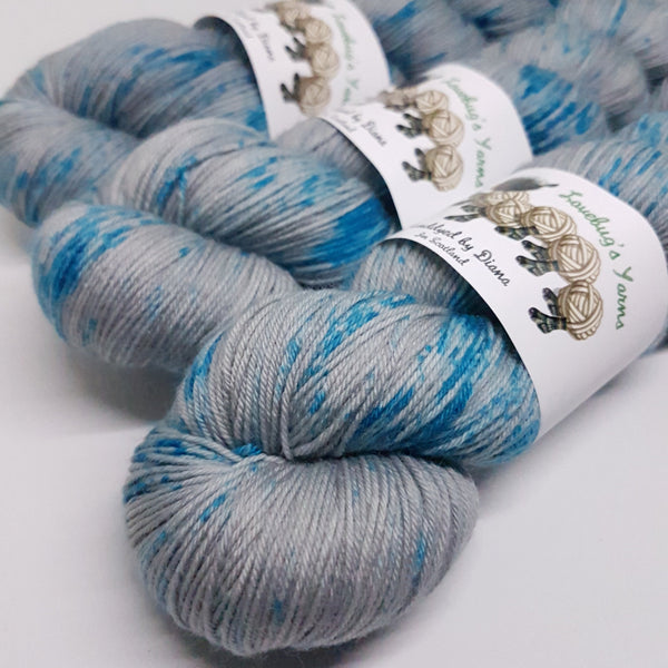 Overcast Seas - Platinum Sock - Superwash Merino Nylon - Fingering weight yarn