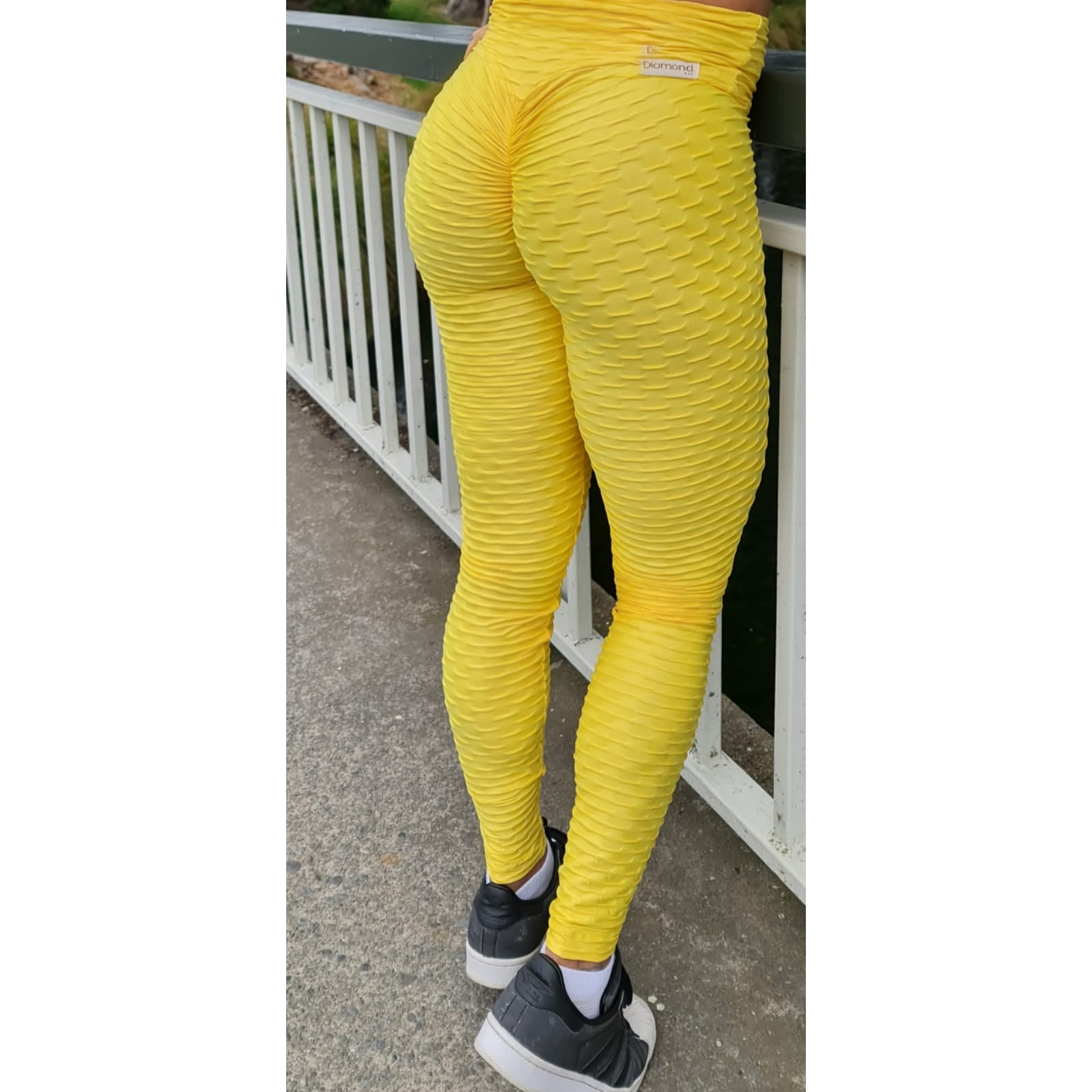 Yellow Scrunch Seam Leggings - Pretty Kiwis