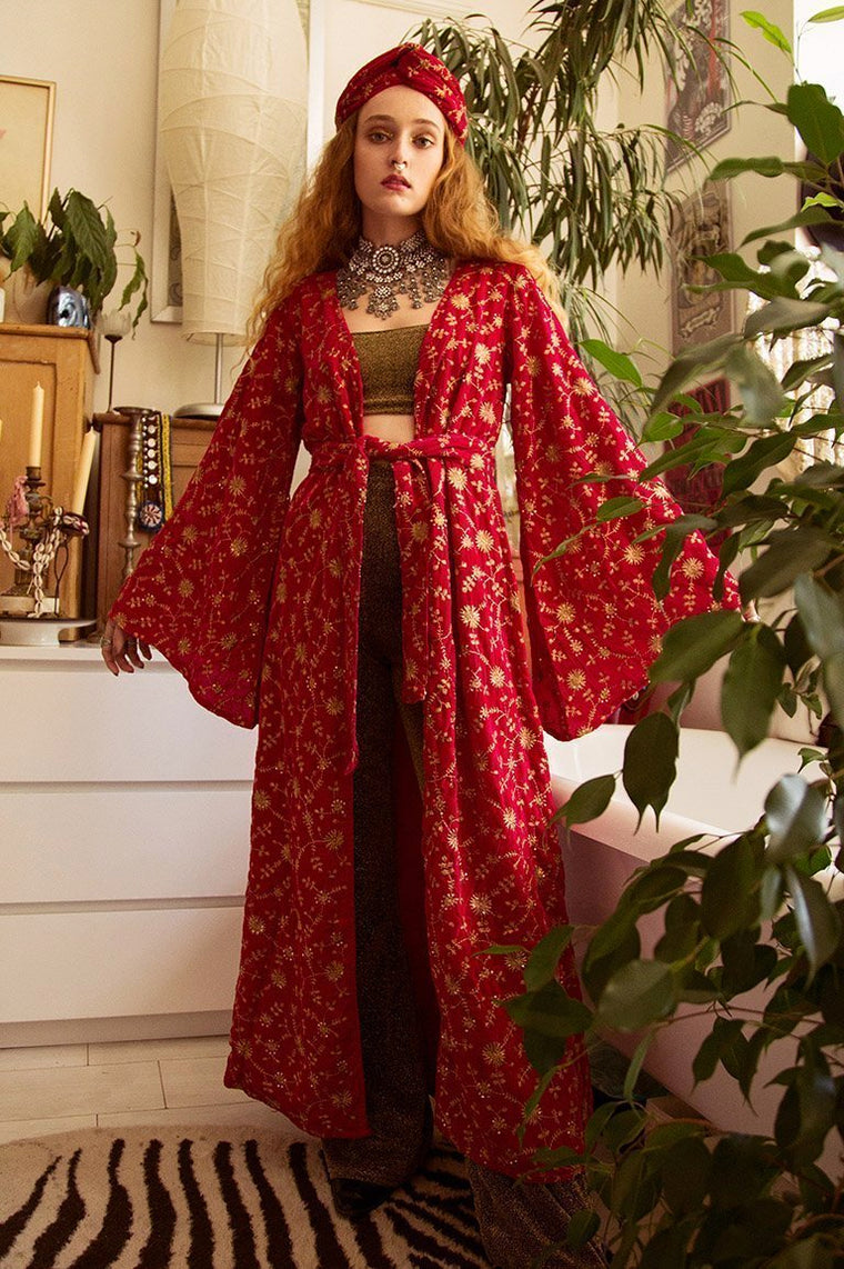'Her Majesty' Pink Velvet Embroidered Kimono