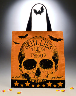 Skull Tote - darkcatmansion