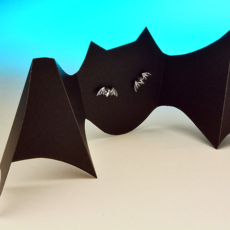 Bat Earrings - darkcatmansion
