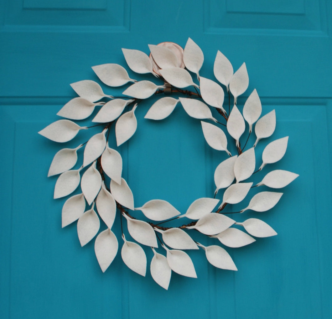 Small Modern Farmhouse Wreath in Soft White - 12